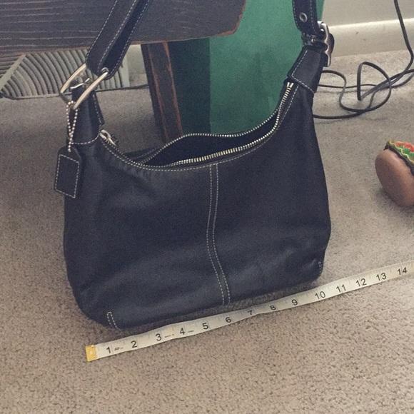 Coach Handbags - Authentic Coach soft leather bag 🥂☃️ de185c66c2c39
